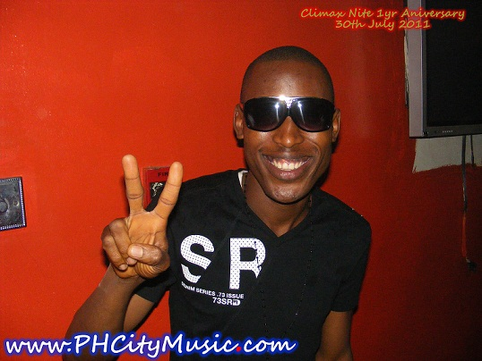 Mr 2kay (next rated artiste text ndaa 30 to 33120)