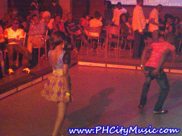 Chidinma Doin her thingy