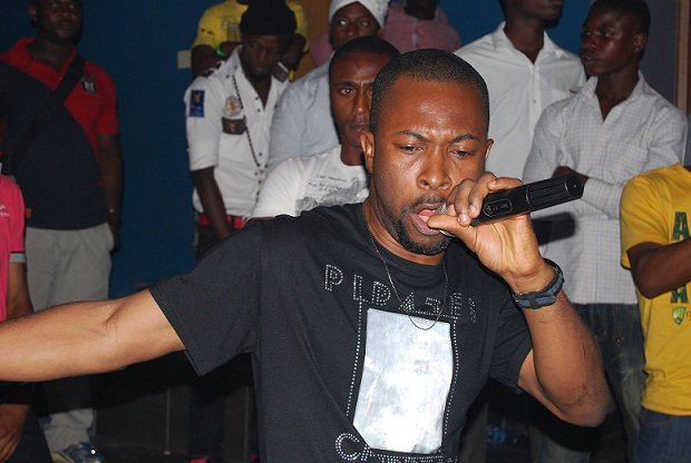 Ruggedman Rocking The Crowed